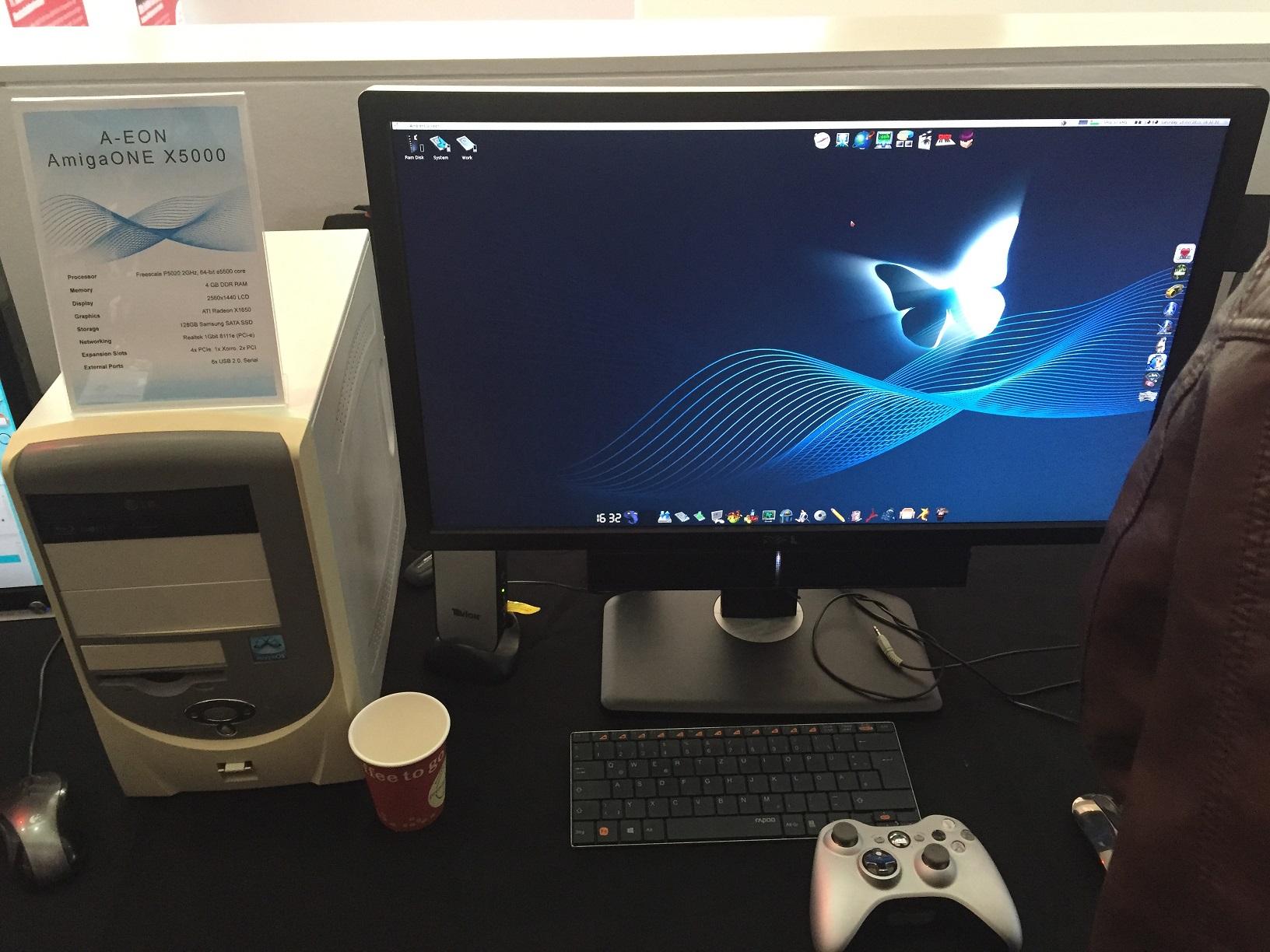 AmigaONE X5000 met MorphOS